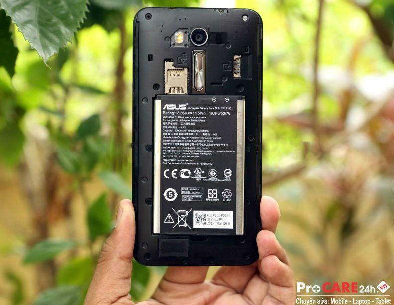 Thay pin Asus Zenfone 2 Laser nhanh. lấy liền ở HCM