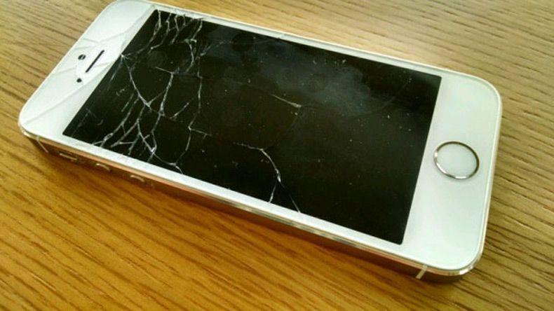 Màn hình iPhone 5S vị rơi vở màn hình