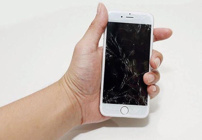 Màn hình iPhone 6S bị rớt vở